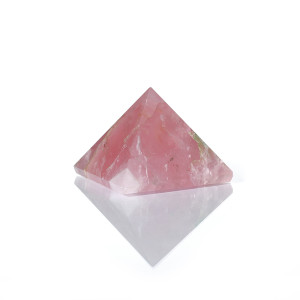 rose-quartz-pyramid-main